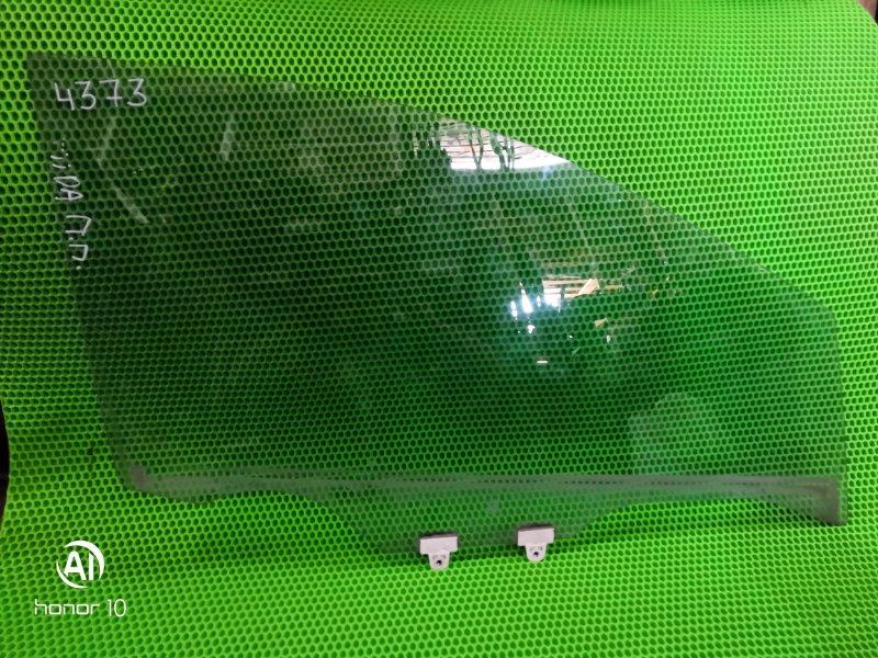 Стекло Nissan Tiida 2007 переднее правое (б/у)