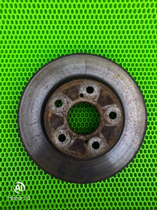 Тормозной диск Toyota Corolla 151 1ZR-FE 2010 передний (б/у)