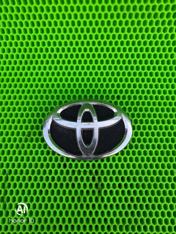 Эмблема Toyota Corolla 151 1ZR-FE 2010 (б/у)