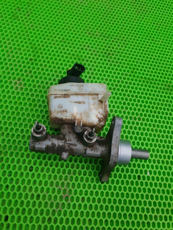 Главный тормозной цилиндр Lada Largus К7М 2012 (б/у)