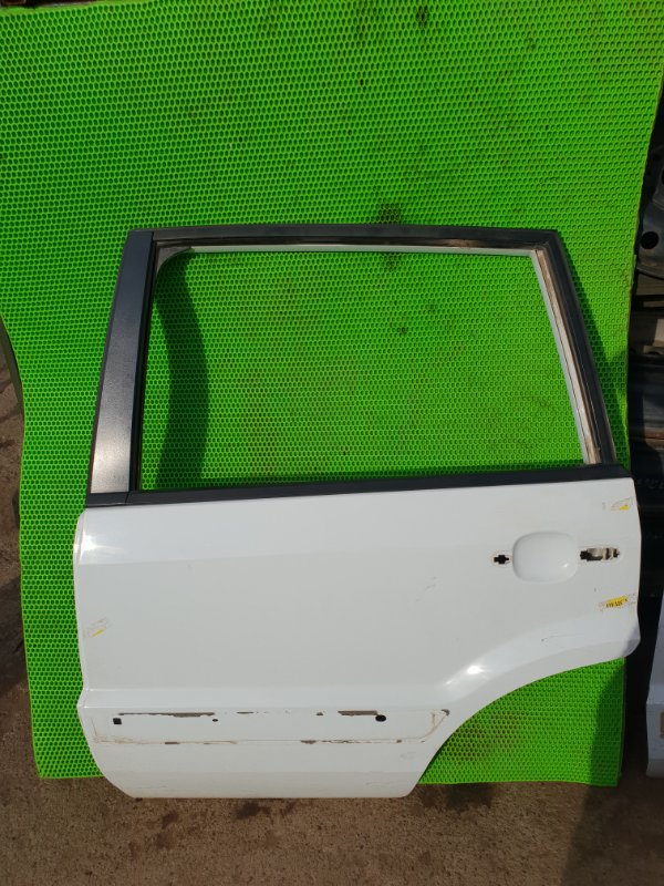 Дверь Ford Fusion ХЕТЧБЕК FXJC 2006 задняя левая (б/у)