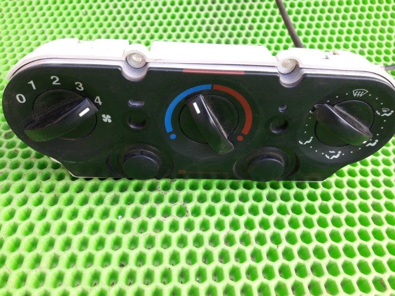 Блок управления печкой Ford Fusion ХЕТЧБЕК FXJC 2006 (б/у)