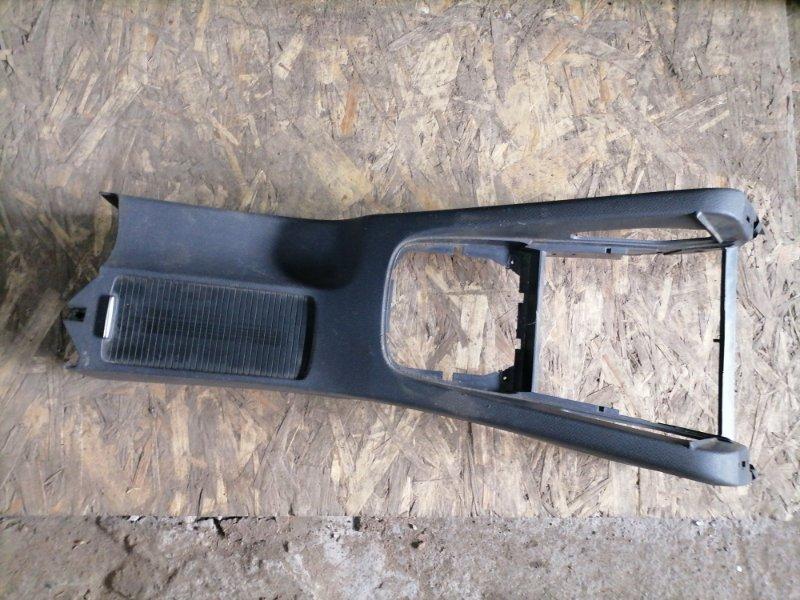 Консоль между сидений Volkswagen Jetta 5 (б/у)