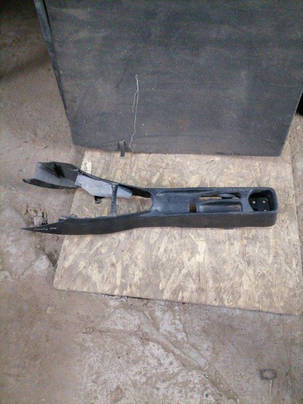Консоль между сидений Geely Mk (б/у)