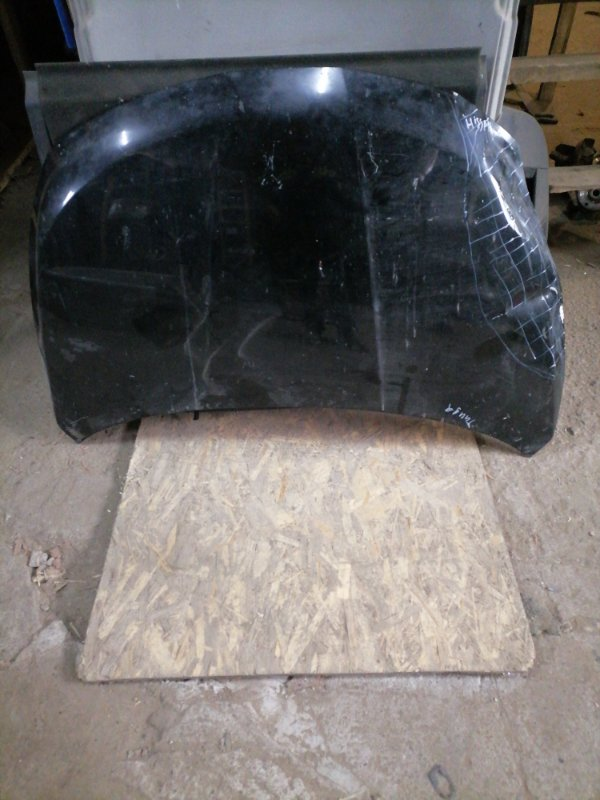 Капот Nissan Tiida передний (б/у)