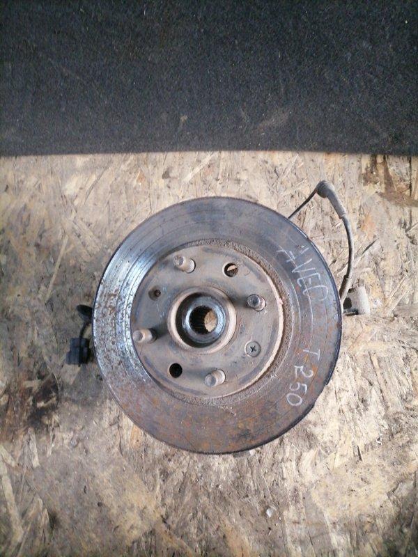 Кулак поворотный Chevrolet Aveo T250 F14D4 2010 передний левый (б/у)