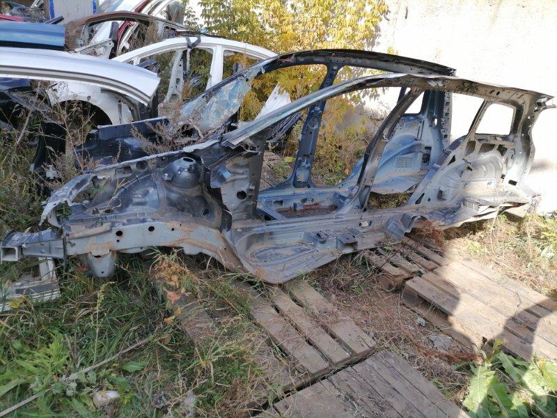 Боковина Opel Astra H правая (б/у)