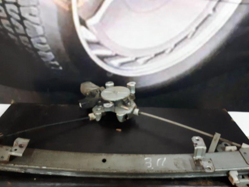 Мотор стеклоподъемника Mitsubishi Lancer 9 4G18 2005 задний правый (б/у)
