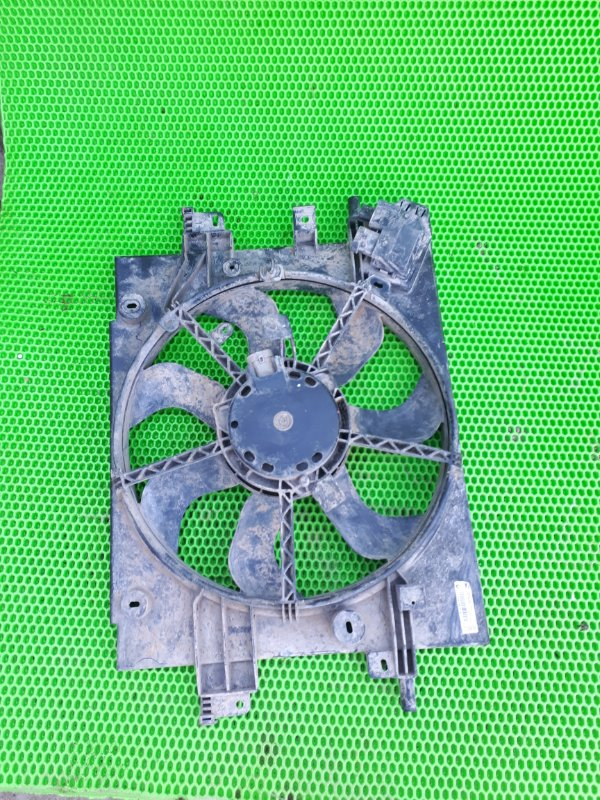 Вентилятор радиатора Renault Duster H4MD430 2015 (б/у)