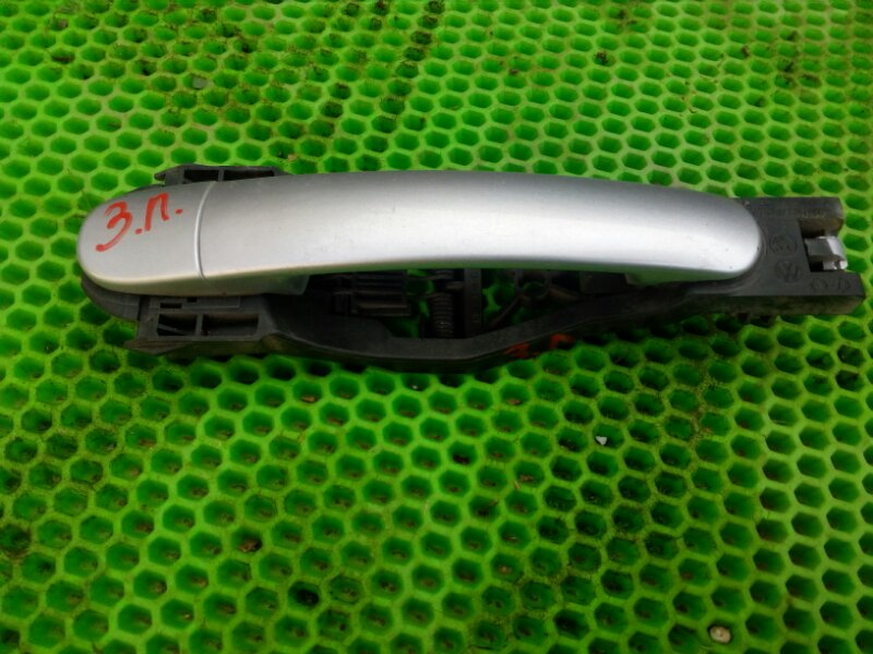 Ручка двери Skoda Octavia А4 задняя левая (б/у)