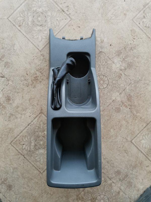 Консоль между сидений Chevrolet Lacetti F14D3 2012 (б/у)