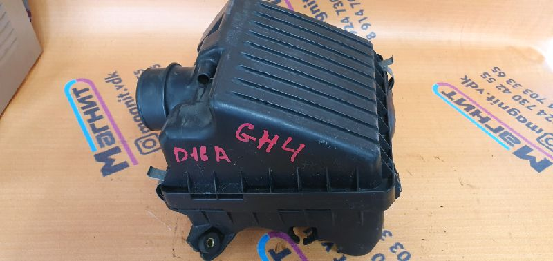 Корпус воздушного фильтра Honda Hr-V GH4 D16A (б/у)