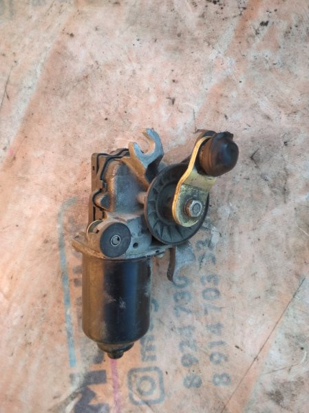 Мотор дворников Toyota Sprinter Carib AE114 (б/у)