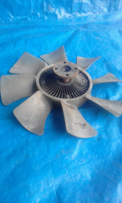 Вентилятор с вязкостной муфтой Mitsubishi Canter FD50AB (б/у)