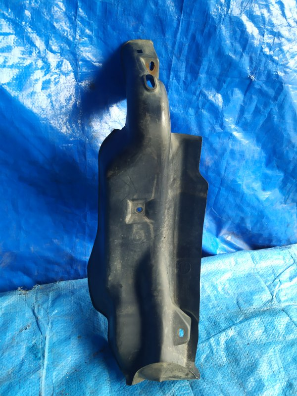 Защита горловины бензобака Subaru Impreza Wrx GGA (б/у)