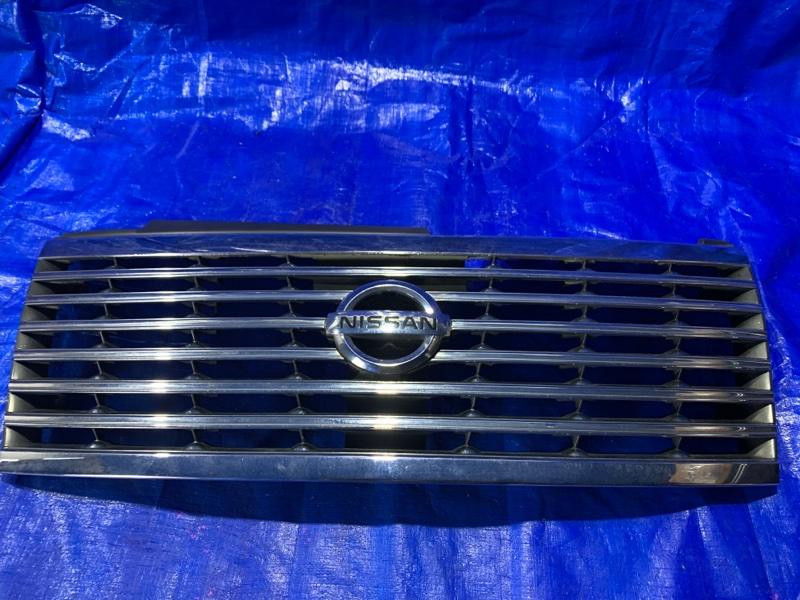 Решетка радиатора Nissan Elgrand E51 передняя (б/у)