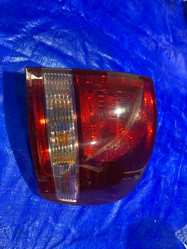 Стоп-сигнал Toyota Ipsum ACM21W задний правый (б/у)