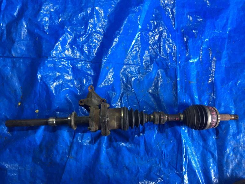 Привод Nissan Serena TNC24 QR20DE передний правый (б/у)