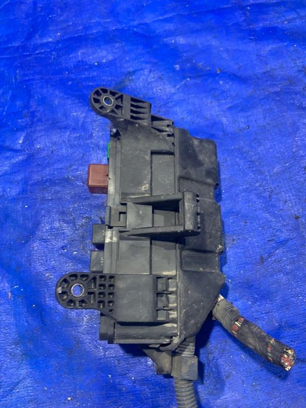 Блок предохранителей Toyota Estima MCR40 1MZFE (б/у)