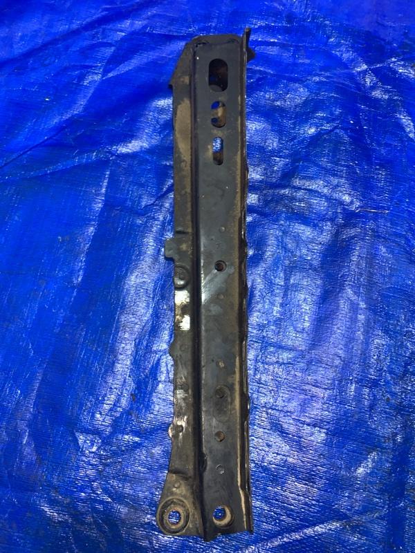 Балка под двс Toyota Blade AZE154 2AZFE передняя правая (б/у)