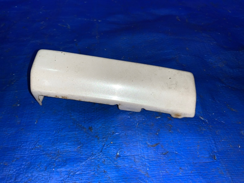 Планка Toyota Rav4 SXA11 3SFE задняя правая (б/у)