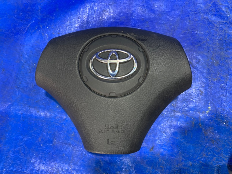 Airbag водительский Toyota Noah AZR65 (б/у)