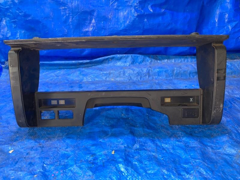 Консоль спидометра Nissan Datsun BMD21 TD27 1989 (б/у)