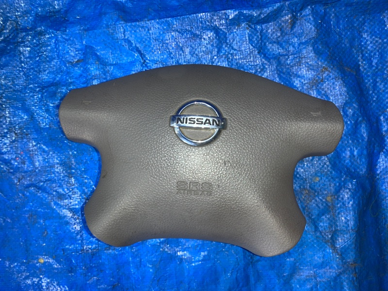 Airbag водительский Nissan Sunny FB15 (б/у)
