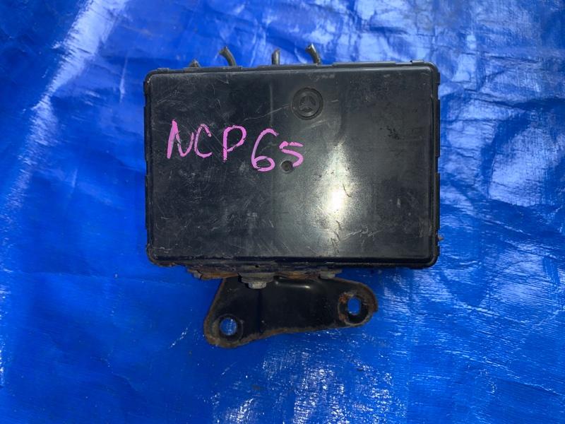 Блок abs Toyota Ist NCP65 1NZFE (б/у)