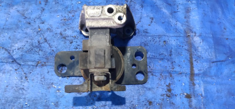 Подушка двигателя Nissan Cube Z11 CR12DE правая (б/у)