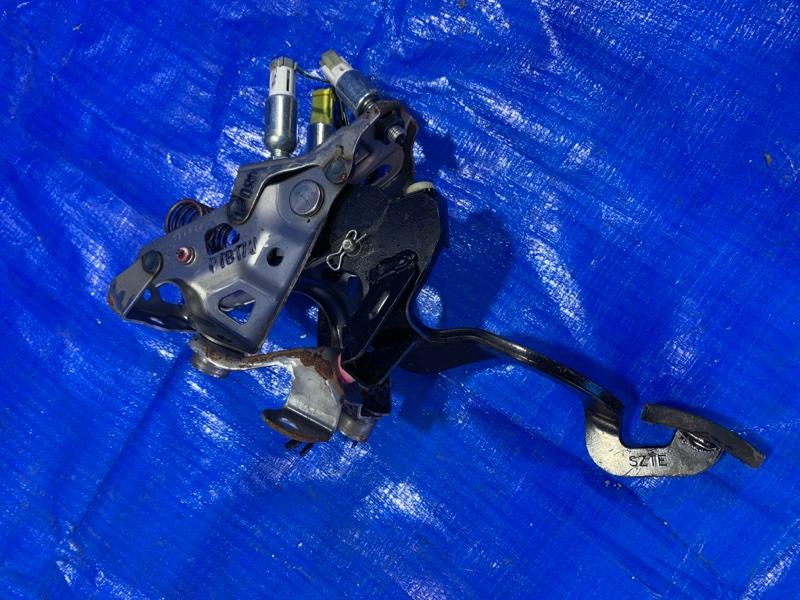 Педаль сцепления Honda Cr-Z ZF1 LEA (б/у)