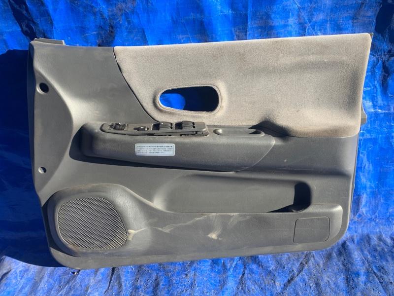 Карта двери Mitsubishi Challenger K99W 6G74 передняя правая (б/у)