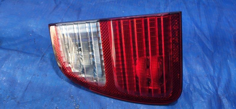 Стоп-вставка Toyota Land Cruiser UZJ100 задняя правая (б/у)