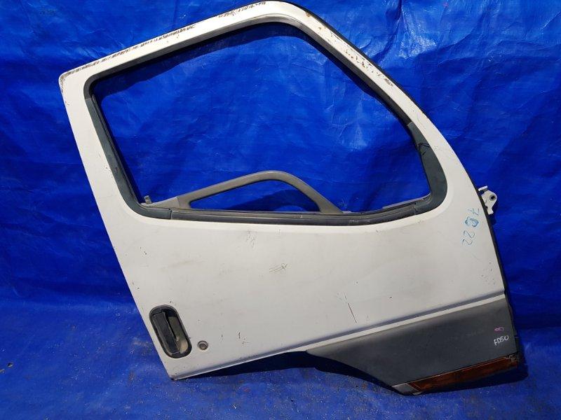 Дверь Mitsubishi Canter FD50 передняя правая (б/у)
