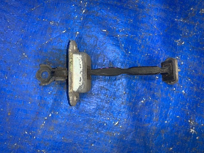 Ограничитель двери Nissan Teana J31 задний правый (б/у)