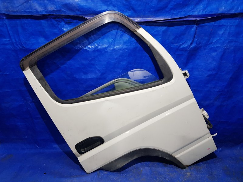 Дверь Mitsubishi Canter FD70AB передняя правая (б/у)