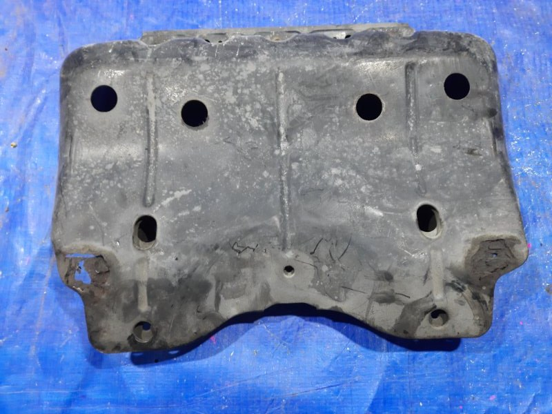 Защита двигателя Toyota Land Cruiser Prado RZJ95 (б/у)