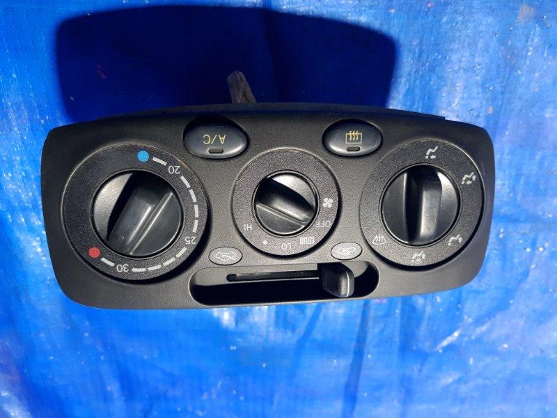 Блок управления климат-контролем Toyota Raum EXZ10 (б/у)