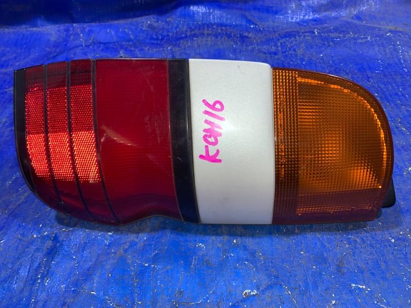 Стоп-сигнал Toyota Granvia KCH16 задний правый (б/у)