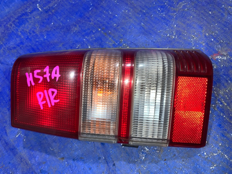 Стоп-сигнал Mitsubishi Pajero Junior H57A задний правый (б/у)