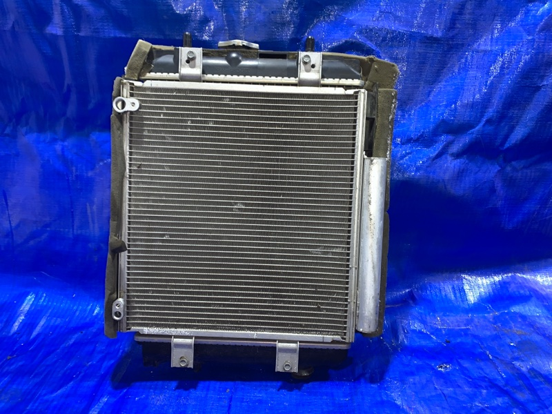 Радиатор основной Toyota Passo KGC35 1KRFE (б/у)