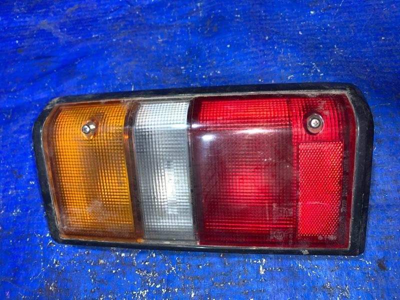 Фара Mitsubishi Delica P15V задняя правая (б/у)