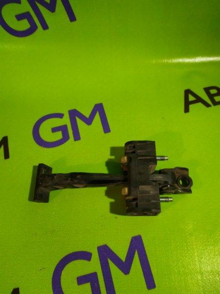 Ограничитель двери Opel Astra L69 Z16XER 2009 задний правый (б/у)