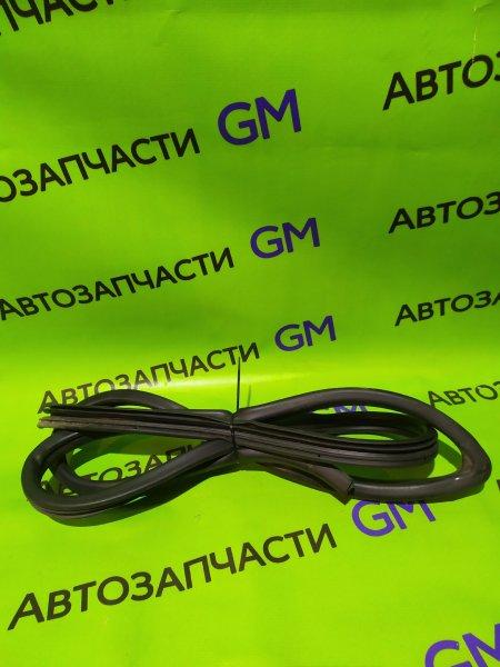 Уплотнительная резинка Geely Emgrand Ec7 FE-1 JL4G18 2012 (б/у)