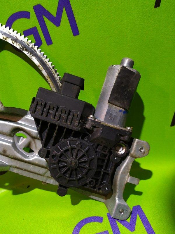 Мотор стеклоподъемника Opel Astra L69 Z16XER 2008 передний правый (б/у)