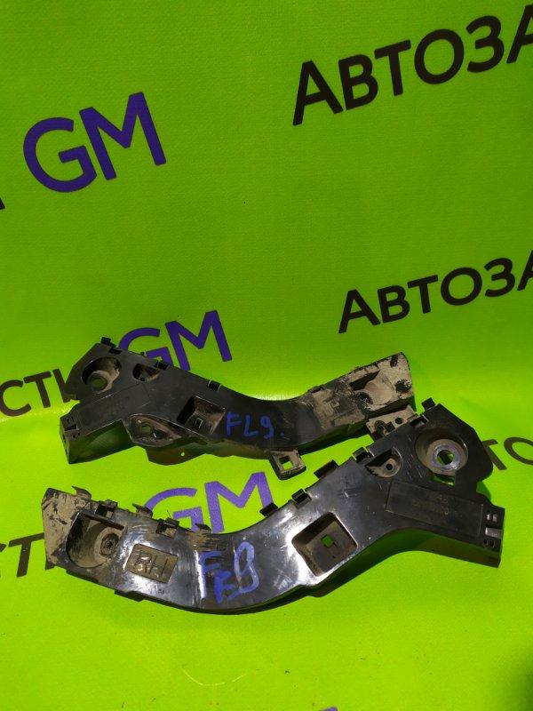 Крепление бампера Ford Ranger ES WLAT 2010 переднее правое (б/у)
