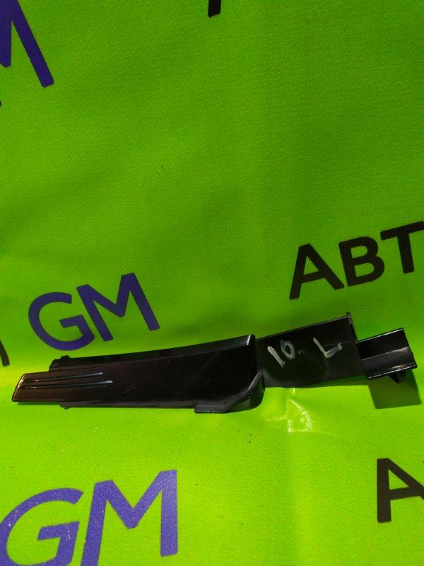 Решетка, жабо под дворники Opel Zafira B Z18XER 2011 (б/у)