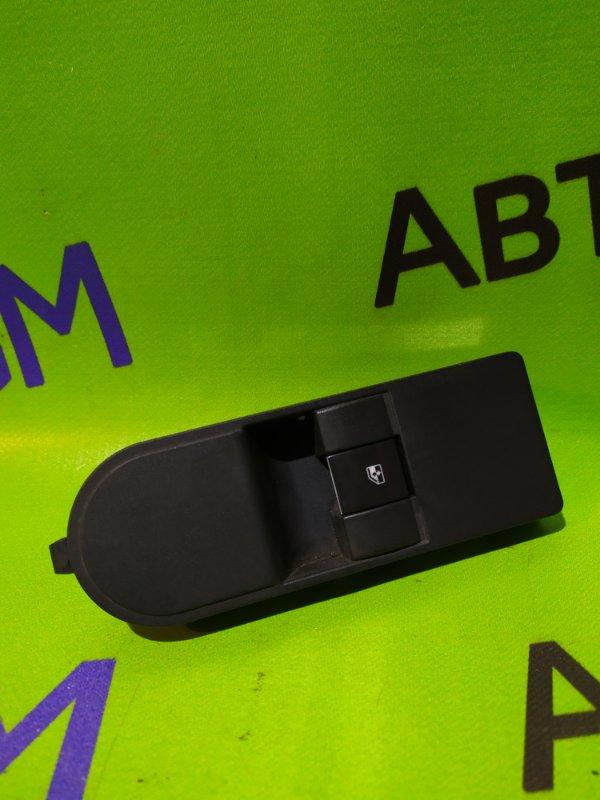 Кнопка стеклоподъемника Opel Zafira B Z18XER 2011 передняя правая (б/у)