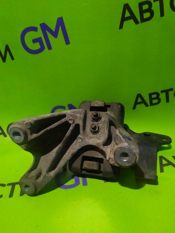 Подушка двигателя Chevrolet Trailblazer 31UX LY7 2012 (б/у)