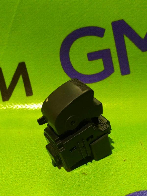 Кнопка стеклоподъемника Chevrolet Trailblazer 31UX LY7 2012 задняя (б/у)